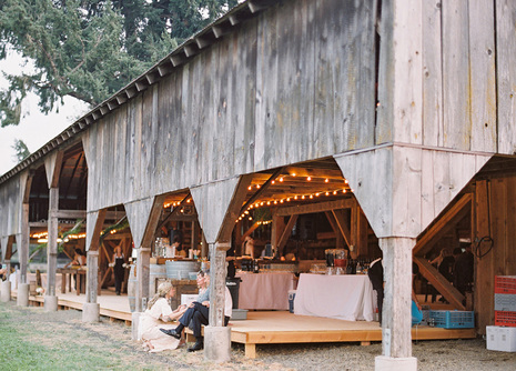 Barn Wedding Tips
